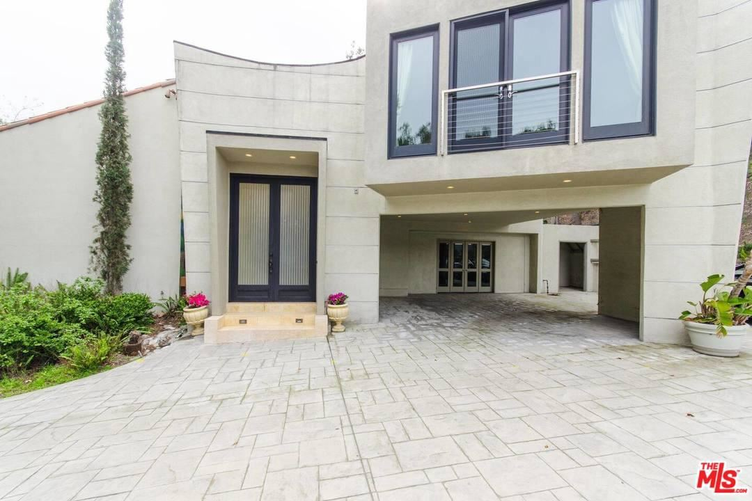 Photo of 1465 DONHILL Drive, Beverly Hills, CA 90210 (MLS # 20564352)