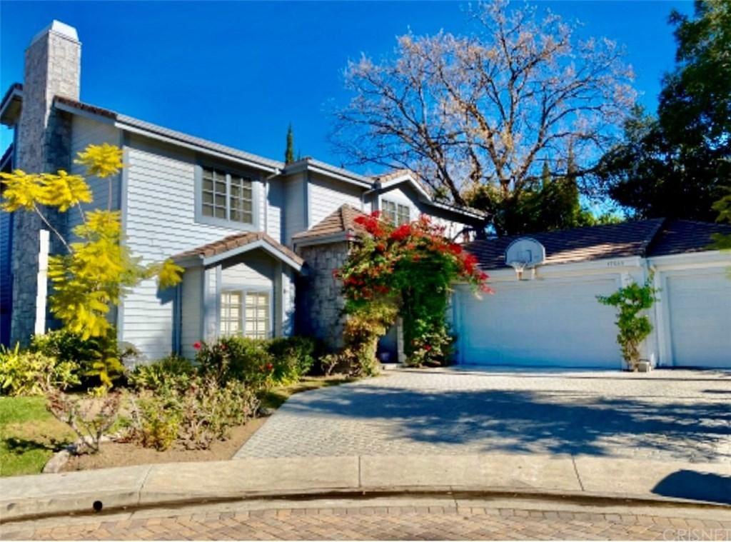 Photo of 17645 West ROYCE Drive, Encino, CA 91316 (MLS # SR19271352)