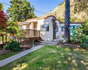 Photo of 702 CEDAR Place, Ventura, CA 93001 (MLS # 218007353)