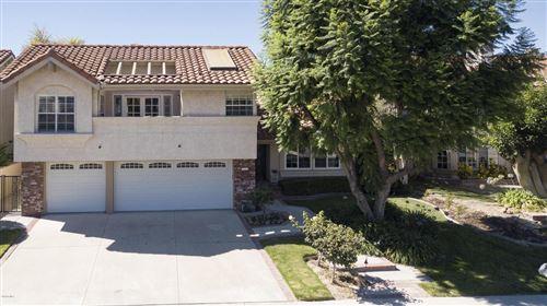 Photo of 3367 MONTAGNE Way, Thousand Oaks, CA 91362 (MLS # 219010353)
