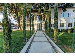 Photo of 15373 VALLEY VISTA Boulevard, Sherman Oaks, CA 91403 (MLS # SR18266353)