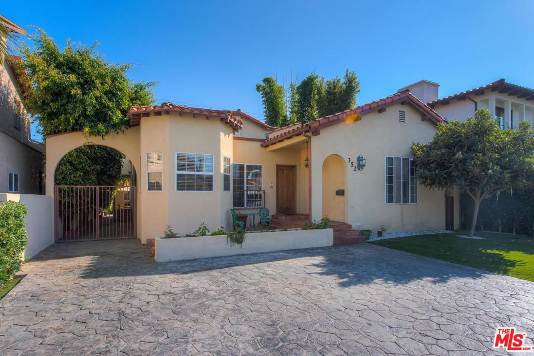 Photo of 352 South CLARK Drive, Beverly Hills, CA 90211 (MLS # 19534354)