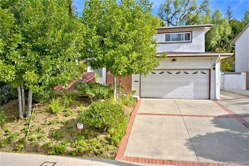 Photo of 4940 DON PIO Drive, Woodland Hills, CA 91364 (MLS # SR20008355)