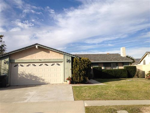 Photo of 14459 CAMBRIDGE Street, Moorpark, CA 93021 (MLS # 220000356)