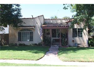 Photo of 10903 OTSEGO Street, North Hollywood, CA 91601 (MLS # SR18152356)