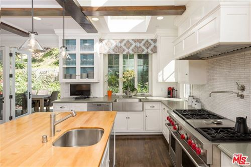 Photo of 3701 South ST ANDREWS Place, Los Angeles , CA 90018 (MLS # 19482362)