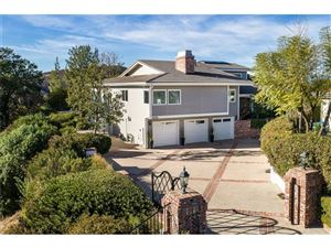 Photo of 1335 HERITAGE Place, Westlake Village, CA 91362 (MLS # SR18001362)