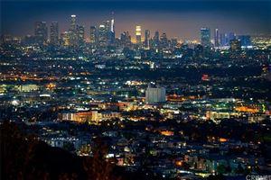 Photo of 8184 MANNIX Drive, Los Angeles , CA 90046 (MLS # SR19118366)