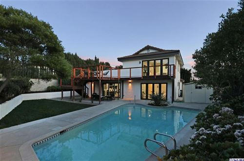Photo of 4765 ROUND TOP Drive, Los Angeles , CA 90065 (MLS # 320000368)