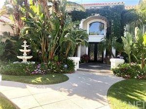 Photo of 25505 CUMBERLAND Lane, Calabasas, CA 91302 (MLS # SR18223368)