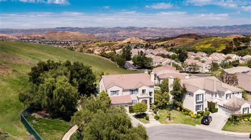 Photo of 685 STARBRIGHT Court, Simi Valley, CA 93065 (MLS # 219011369)