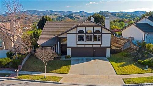 Photo of 770 VERDEMONT Circle, Simi Valley, CA 93065 (MLS # SR20012369)