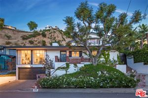 Photo of 2290 GLOAMING Way, Beverly Hills, CA 90210 (MLS # 19490372)