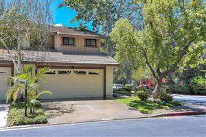 Photo of 2641 LOS ARCOS Circle, Thousand Oaks, CA 91360 (MLS # 218007372)