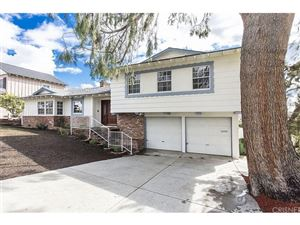 Photo of 9342 RUFFNER Avenue, Northridge, CA 91343 (MLS # SR18062372)