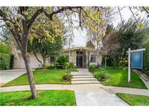 Photo of 4406 WILLENS Avenue, Woodland Hills, CA 91364 (MLS # SR19034372)