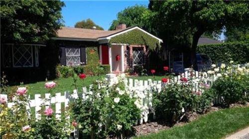 Photo of 14911 GREENLEAF Street, Sherman Oaks, CA 91403 (MLS # SR20064372)
