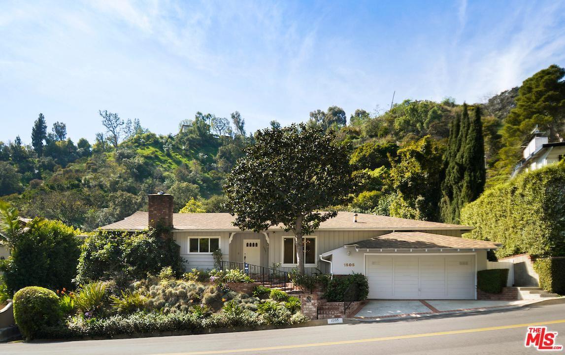Photo of 1505 SAN YSIDRO Drive, Beverly Hills, CA 90210 (MLS # 20558372)