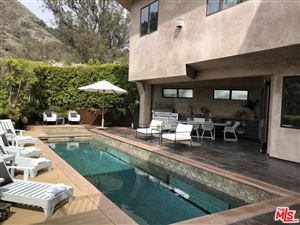 Photo of 6457 DEEP DELL Place, Los Angeles , CA 90068 (MLS # 18323374)