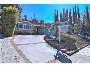 Photo of 4954 DON PIO Drive, Woodland Hills, CA 91364 (MLS # SR18033376)