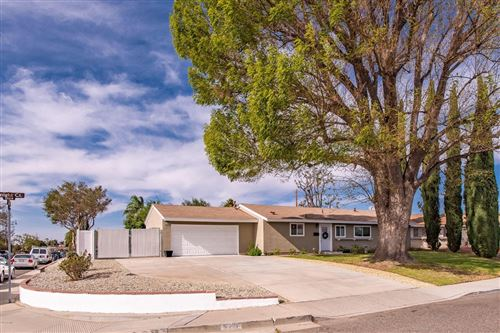 Photo of 2219 KNIGHT Court, Simi Valley, CA 93065 (MLS # 219014377)