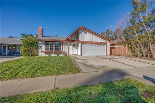 Photo of 1861 YOSEMITE Avenue, Simi Valley, CA 93063 (MLS # 220000377)