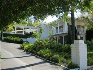 Photo of 4977 BREWSTER Drive, Tarzana, CA 91356 (MLS # SR18242378)