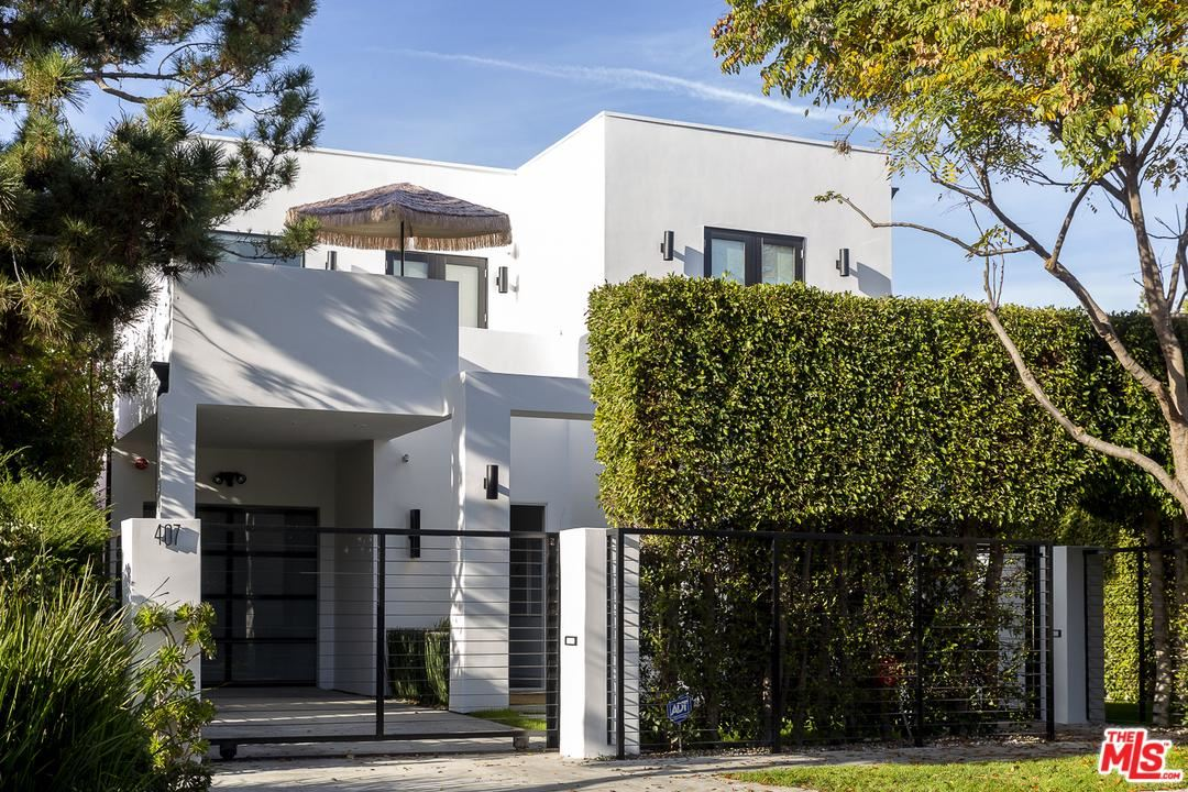 Photo of 407 WESTBOURNE Drive, West Hollywood, CA 90048 (MLS # 20541378)