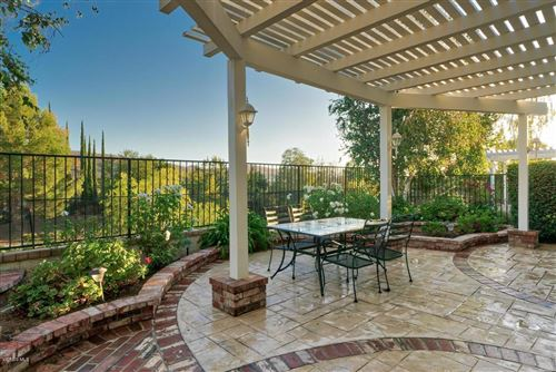Photo of 3052 FERNCREST Place, Thousand Oaks, CA 91362 (MLS # 219012379)