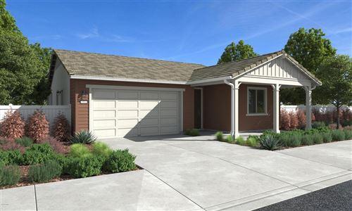 Photo of 1241 DOGWOOD Street, Santa Paula, CA 93060 (MLS # 219013379)