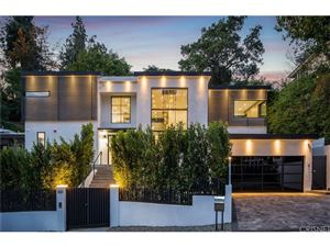 Photo of 1131 SUNSET HILLS Road, West Hollywood, CA 90069 (MLS # SR18101380)