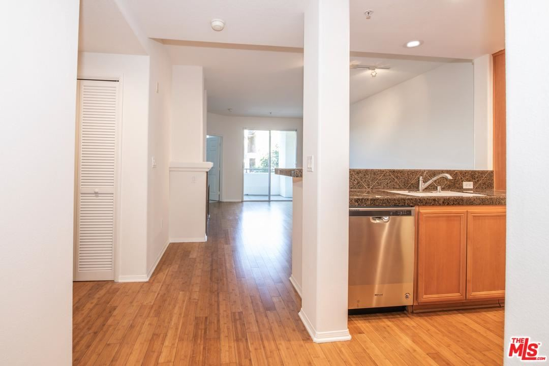 Photo of 12963 RUNWAY Road #317, Playa Vista, CA 90094 (MLS # 19539380)