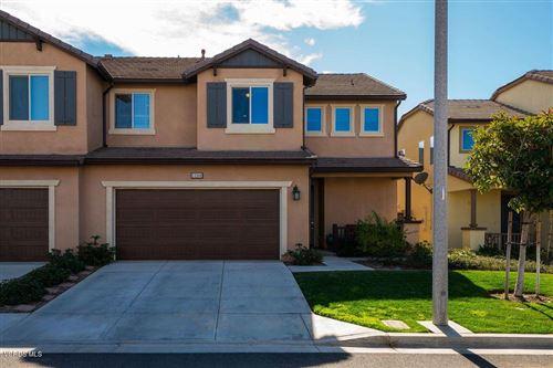 Photo of 13364 SHOREHAM Drive, Moorpark, CA 93021 (MLS # 220002381)