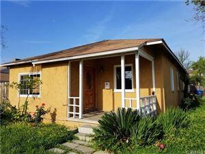 Photo of 7457 BLEWETT Avenue, Lake Balboa, CA 91406 (MLS # SR18079381)