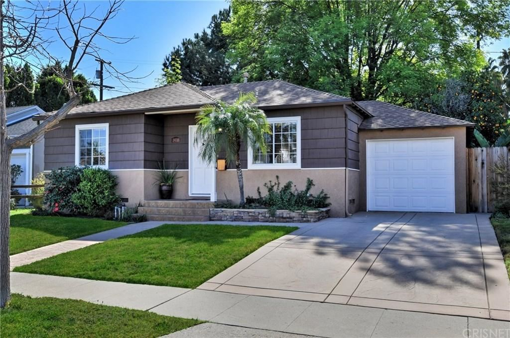 Photo of 18016 BULLOCK Street, Encino, CA 91316 (MLS # SR20042381)