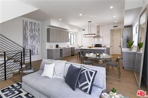 Photo of 4725 ST CHARLES Place, Los Angeles , CA 90019 (MLS # 18356382)