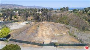 Photo of 6660 WANDERMERE Road, Malibu, CA 90265 (MLS # 19501382)