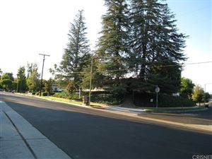 Photo of 23929 CALIFA Street, Woodland Hills, CA 91367 (MLS # SR18243383)