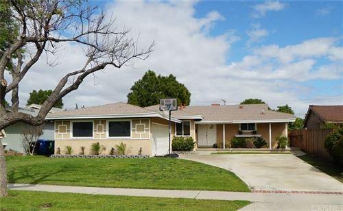 Photo of 7412 ASMAN Avenue, West Hills, CA 91307 (MLS # SR20058383)