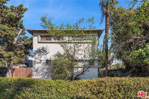 Photo of 11473 KILLION Street, North Hollywood, CA 91601 (MLS # 19521384)