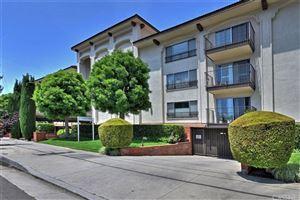 Photo of 12801 MOORPARK Street #206, Studio City, CA 91604 (MLS # SR19137386)