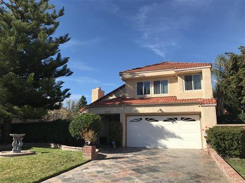 Photo of 6689 North BENWOOD Drive, Moorpark, CA 93021 (MLS # 220000388)