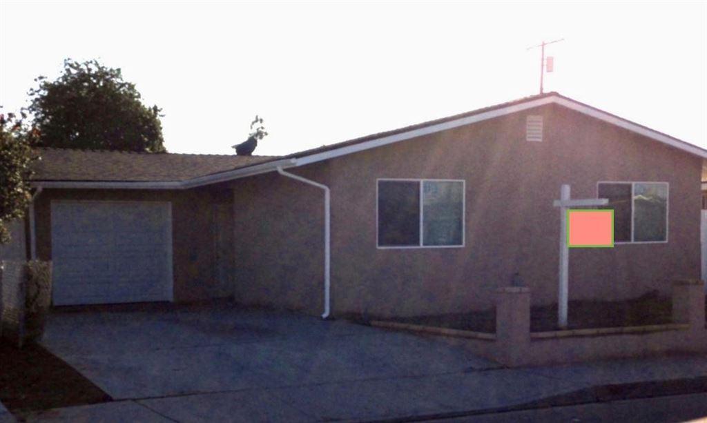 Photo for 2004 SANTA LUCIA Avenue, Oxnard, CA 93030 (MLS # 218000388)