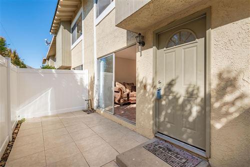 Photo of 46 BAHIA Circle, Santa Paula, CA 93060 (MLS # 220000389)