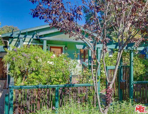 Photo of 823 SUPERBA Avenue, Venice, CA 90291 (MLS # 19506390)