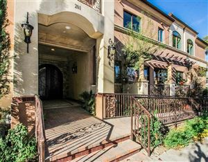 Photo of 201 North REESE Place #101, Burbank, CA 91506 (MLS # 318000393)