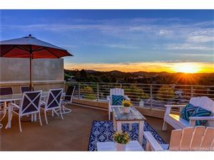 Photo of 5678 COMO Circle, Woodland Hills, CA 91367 (MLS # SR19022394)
