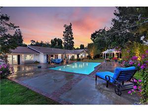 Photo of 4661 VISTA DE ORO Avenue, Woodland Hills, CA 91364 (MLS # SR18248400)