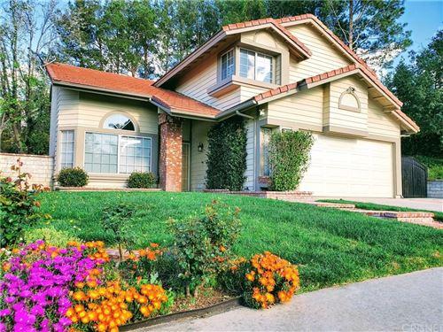 Photo of 28314 TAMARACK Lane, Saugus, CA 91390 (MLS # SR20063406)