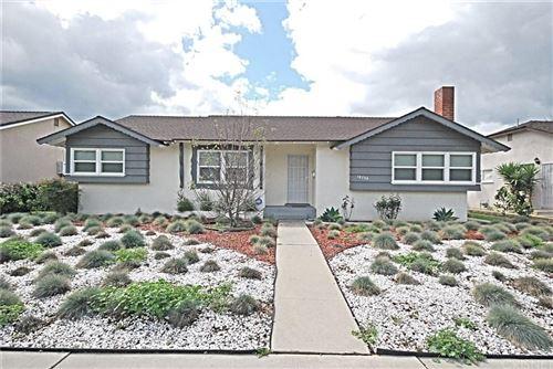 Photo of 18706 PLUMMER Street, Northridge, CA 91324 (MLS # SR20062408)